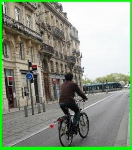 cycliste bien placé sur voie