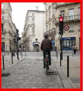 cycliste feu rouge