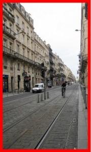 cycliste sur voies de tram